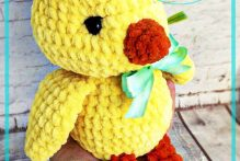 crochet-plush-chicken-free-amigurumi-pattern