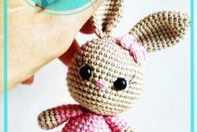 amigurumi-bunny-in-dress-free-crochet-pattern